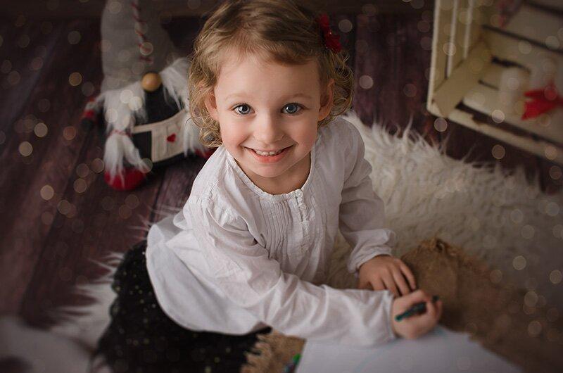 fotografia sesja dziecięca gwiazdka mikołaj boże narodzenie